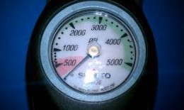 Pressure Gauge - Dive Phuket Today