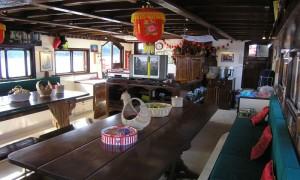 June lee Hong Sailing Junk - The Salon