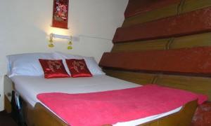 June lee Hong (The Junk) - Double Bed Cabin
