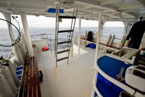 MV Giamani - Dive Deck