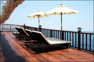 SY Diva Andaman - Sun deck